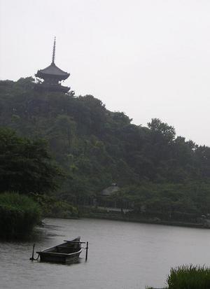 2006705_001